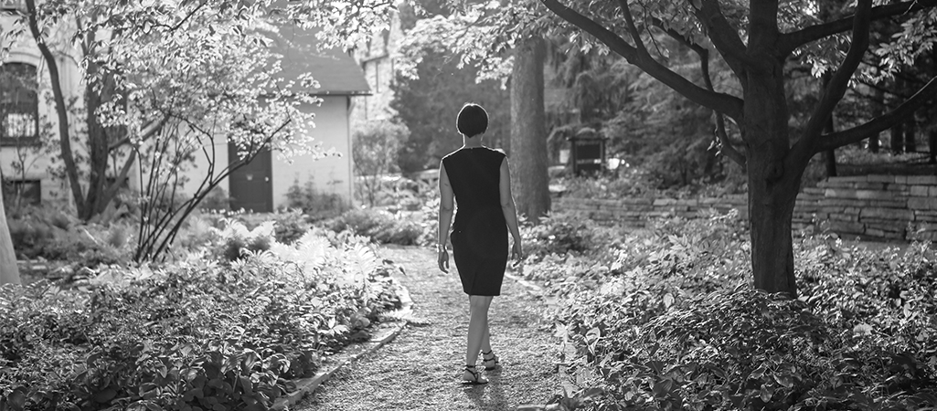 SLIDER-BW-garden-path